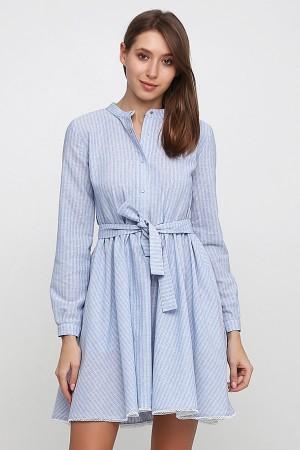 Голубое платье с воротником стойкой