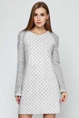 Платье из серого трикотажа с цветами