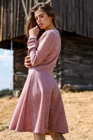 Платье из вязанного трикотажа розовое