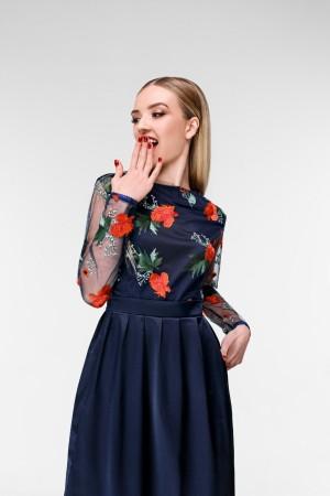Платье с вышивкой Маковое поле