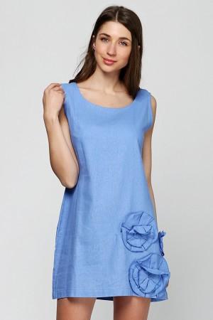 Льняное платье с объемными цветами