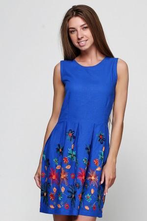 Платье из синего льна с вышивкой
