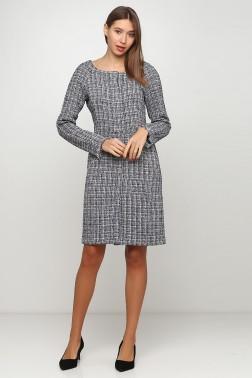 Платье из букле