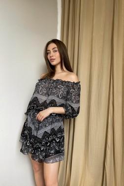 Черное платье-комбинезон з принтом пейсли