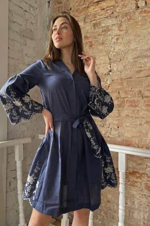 Платье на запах с вышивкой лианы