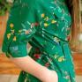 Зеленое платье  с принтом полевые цветы