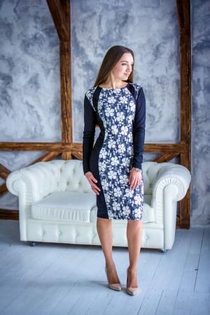 Облегающее платье с декоративной вставкой